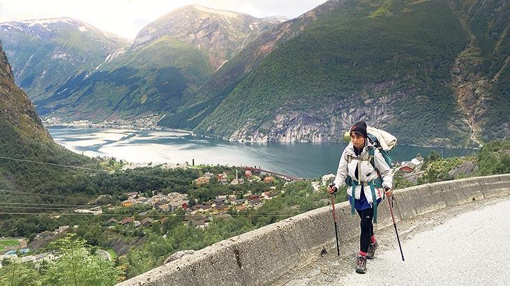 8 ülkede 4 bin km yürüdü