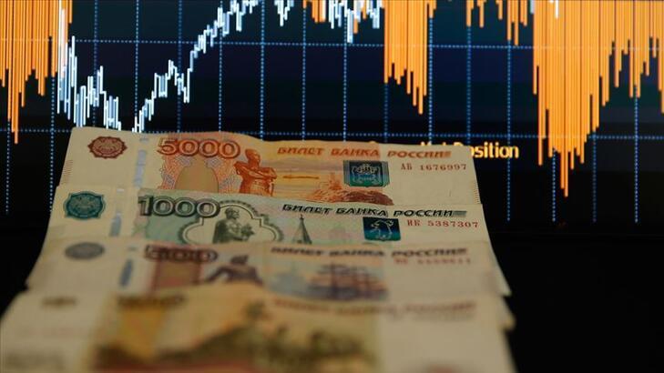 Rusya ekonomisi yüzde 12 daraldı