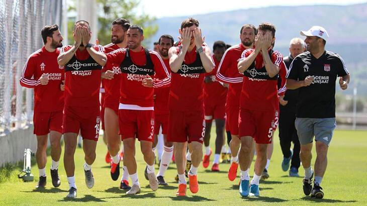 Sivasspor hazırlıklarına devam etti