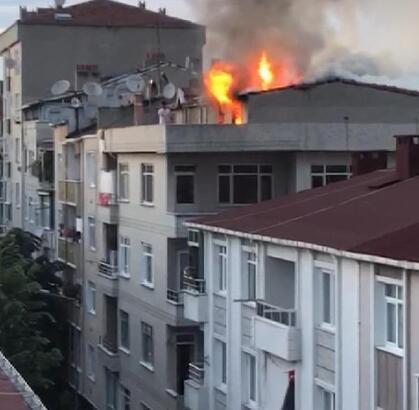 Küçükçekmece'de teras katındaki mangal keyfi yangın çıkardı