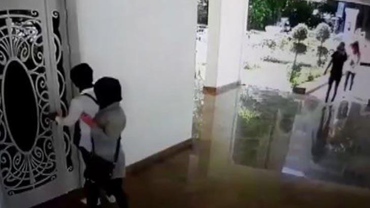 Son dakika... Dört ayrı evden hırsızlık yapan iki kadın yakalandı!