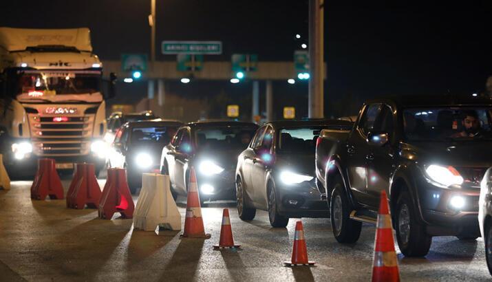 Şehirlerarası seyahat yasağı saat kaçta bitecek? Yasaklar ne zaman kalkıyor?