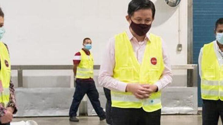Singapurlu bakandan 'pamuk koyundan elde edilir' gafı