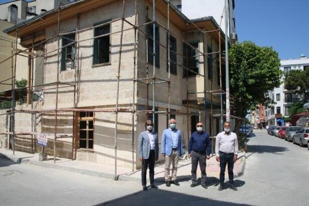Tarihi Mersin evleri geleceğe taşınacak