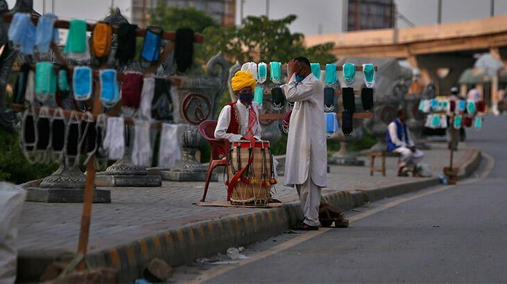Pakistan'da corona virüs vaka sayısı 80 bini aştı