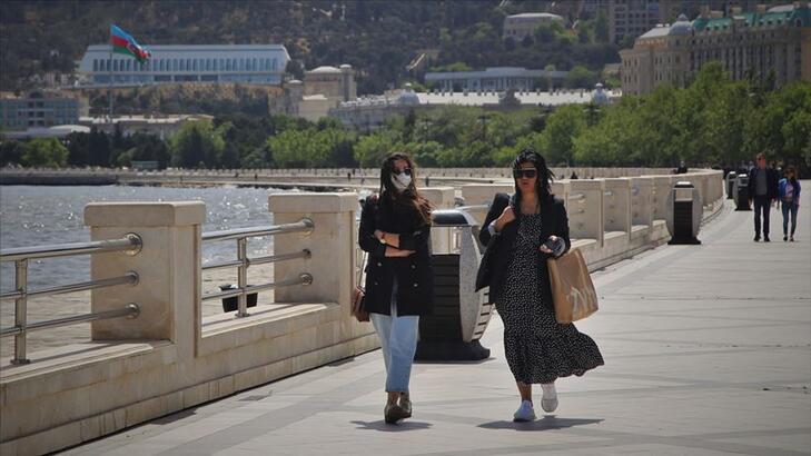 Azerbaycan'da hafta sonu sert karantina rejimi uygulanacak