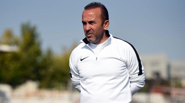 Mehmet Özdilek, Erzurumspor'un Süper Lig'e çıkacağına inanıyor