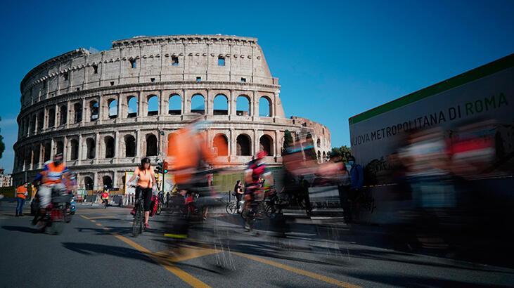 Son dakika haberi: İtalya'da corona virüs'ten ölenlerin sayısı  33 bin 774 oldu