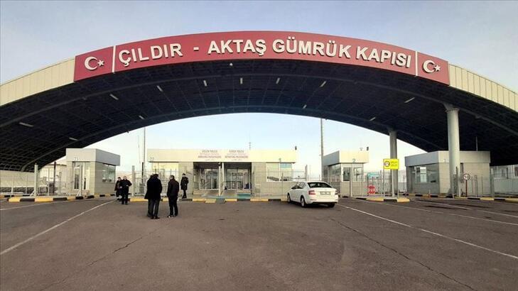 Çıldır-Aktaş Gümrük Kapısı'ndaki yük ticaretinde artış