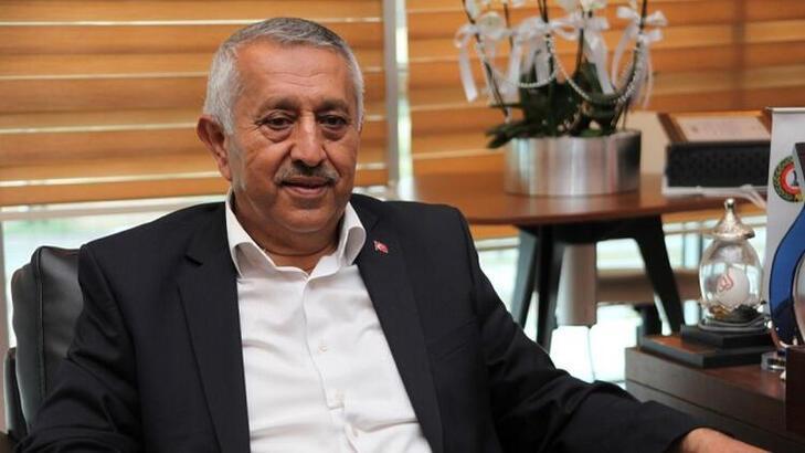 Afyonkarahisar Belediye Başkanı Mehmet Zeybek'ten kulüplere davet