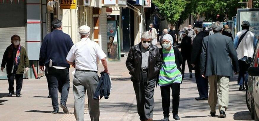 65 yaş üstü sokağa çıkma yasağı kalktı mı? Sokağa çıkma izni ne zaman?