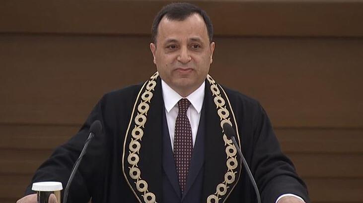 Anayasa Mahkemesi Başkanı Arslan, AYM'deki yemin töreninde konuştu