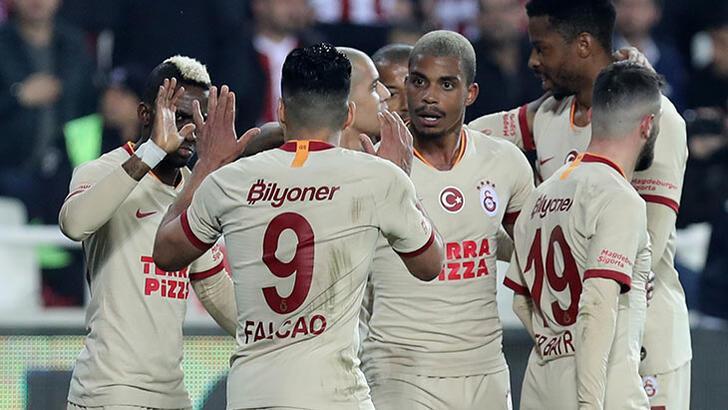 Galatasaray'ın değeri düştü!