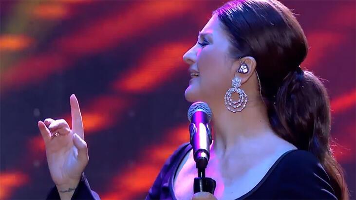 """Cumhurbaşkanlığı """"İstanbul Yeditepe Konserleri""""nin ikinci gününde Sibel Can rüzgarı!"""