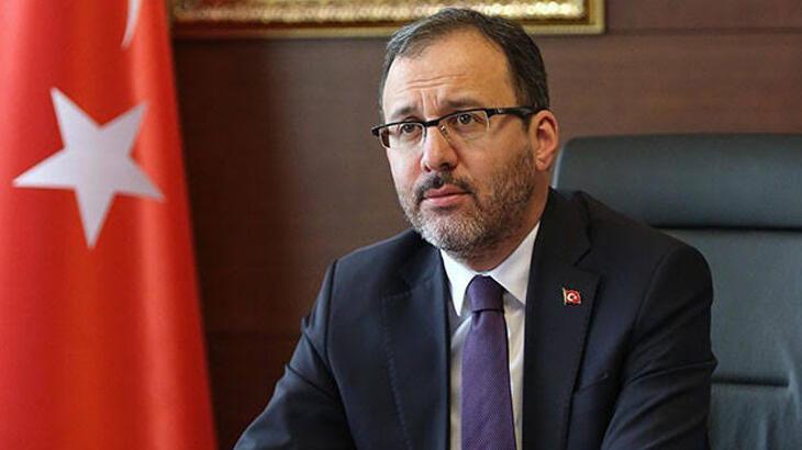 Gençlik ve Spor Bakanı Kasapoğlu'ndan Muslera için geçmiş olsun telefonu