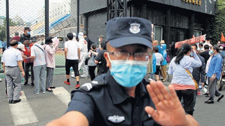 Pekin'de ikinci dalga paniği! 11 mahalle karantina altında