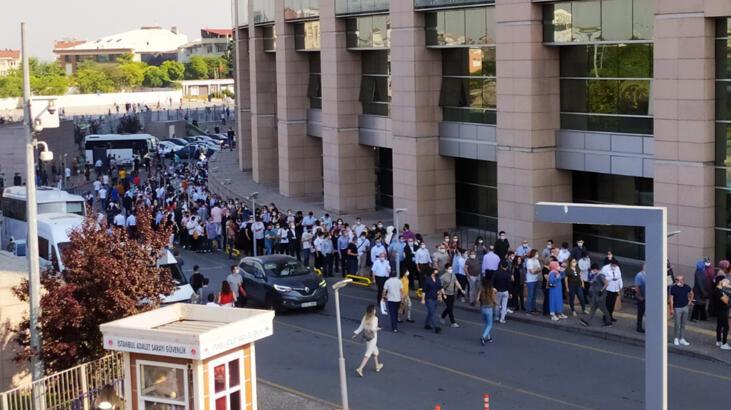Son dakika: İstanbul Adalet Sarayı önünde uzun kuyruklar oluştu