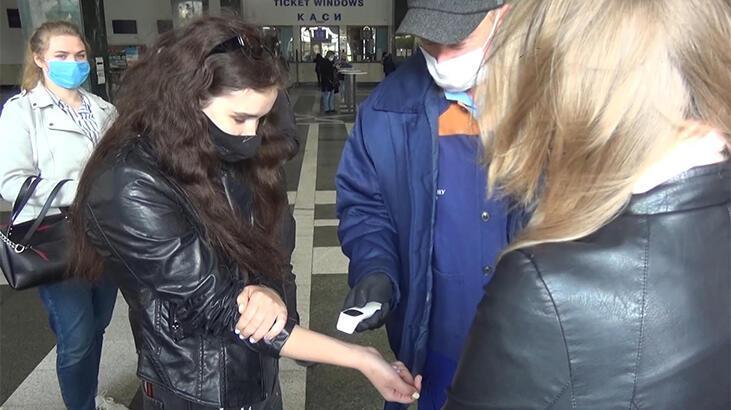 Ukrayna, Türkiye'den gelenlere 14 günlük karantinayı kaldırdı