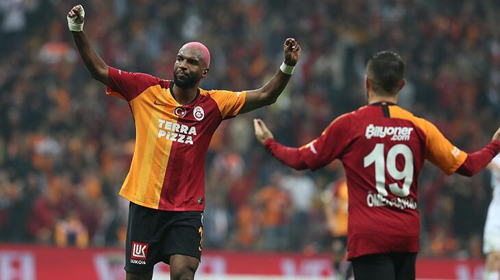 Ryan Babel, Galatasaray'a geri dönüyor