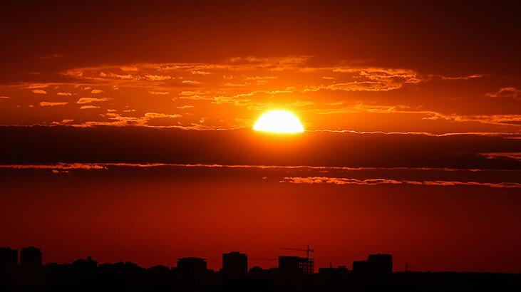 İstanbul'da güneş tutulması
