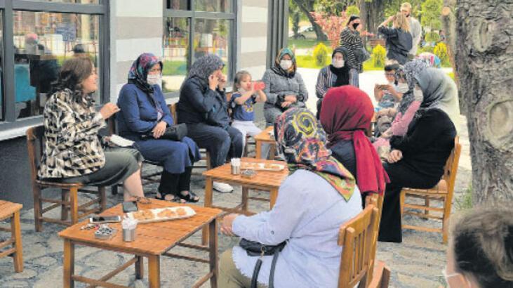 Büyükşehir, kadınların sorunlarını dinliyor