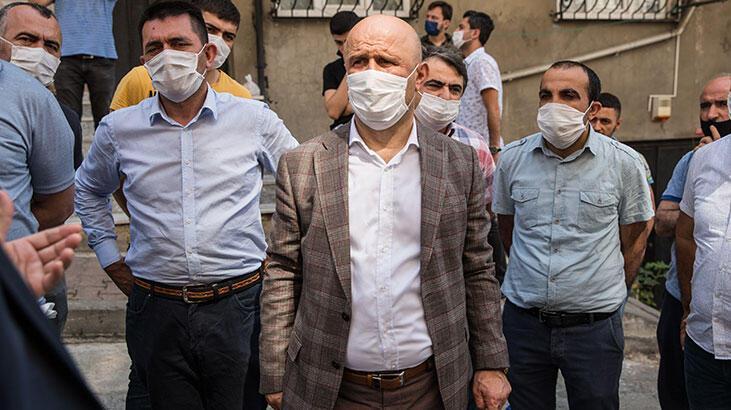 Sultangazi'de çökme riski bulunan 3 binada inceleme yapıldı