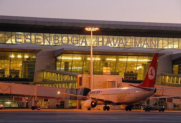 Esenboğa Havalimanı'nda yiyecek ve içecek hizmetlerine hijyen önlemi