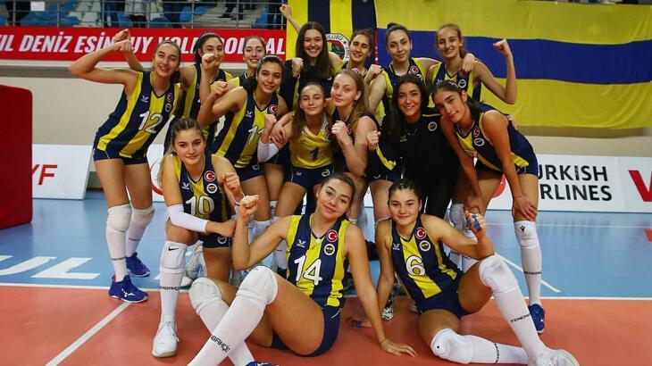 Fenerbahçe'nin 2. ligdeki kadın voleybol takımı 1. ligde mücadele verecek