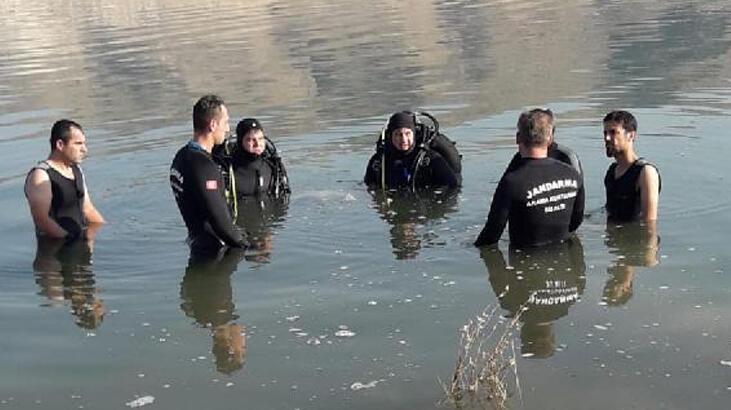 Gölete giren yeğenini kurtarmaya çalışan dayı boğuldu
