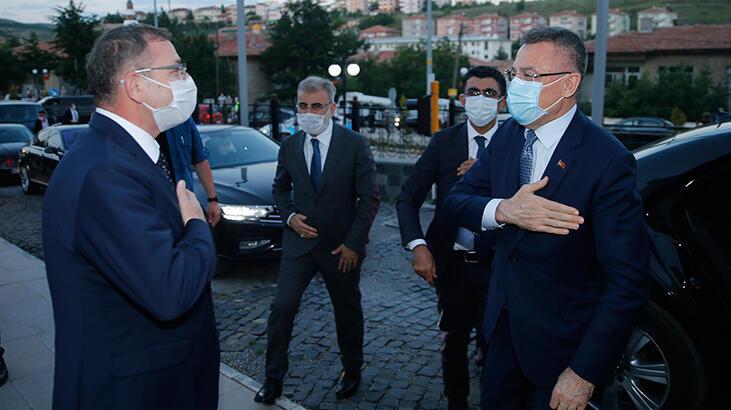 Cumhurbaşkanı Yardımcısı Oktay, Yozgat organize sanayi bölgesindeki fabrikaları gezdi