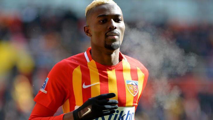 Son dakika Beşiktaş transfer haberleri | 'Beşiktaş, Mensah için görüşmelere başladı'