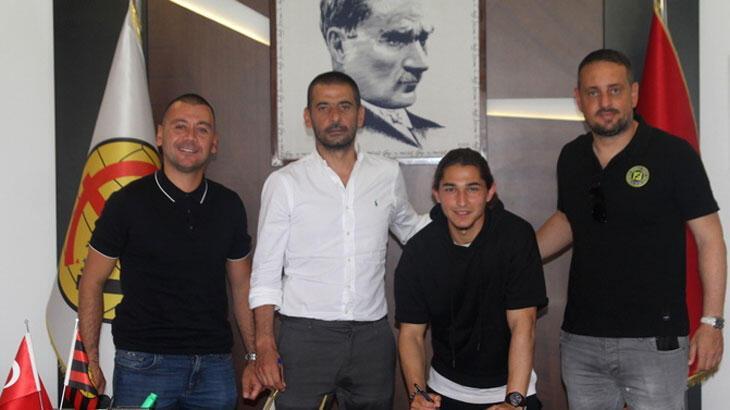 Eskişehirspor, Talha Erdoğan ile sözleşme yeniledi