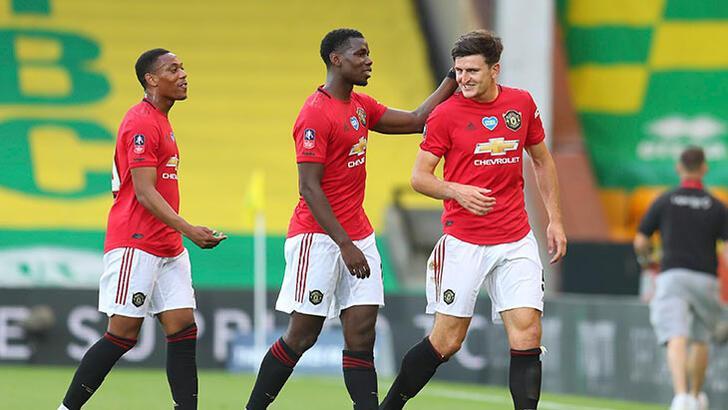 Manchester United uzatmada turladı!