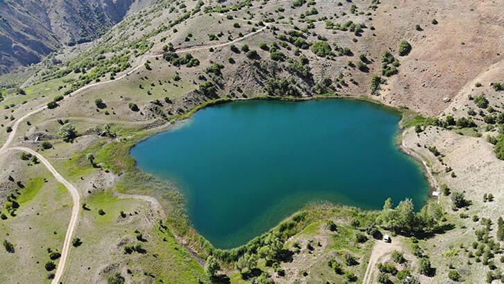 Ardos Gölü'ne ilgi devam ediyor