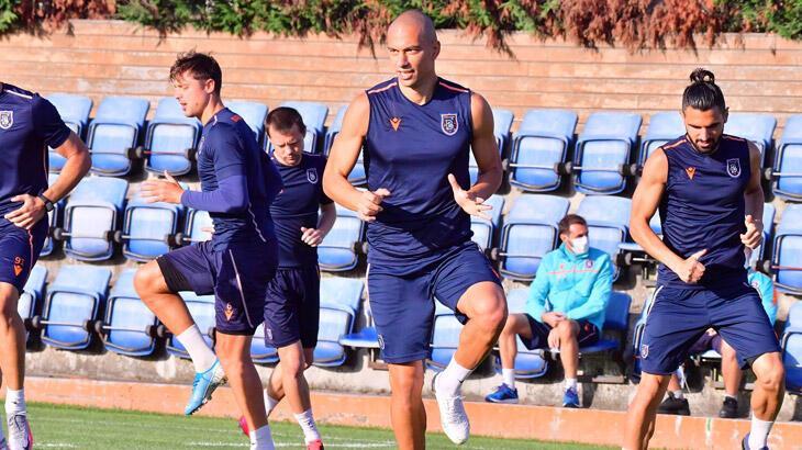 Medipol Başakşehir, Fraport TAV Antalyaspor maçı hazırlıklarına başladı