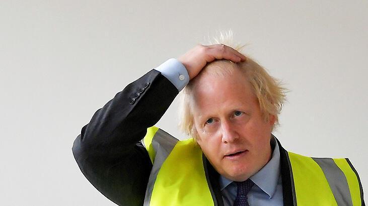 Johnson'dan itiraf: Koronavirüs İngiltere için bir felaket oldu