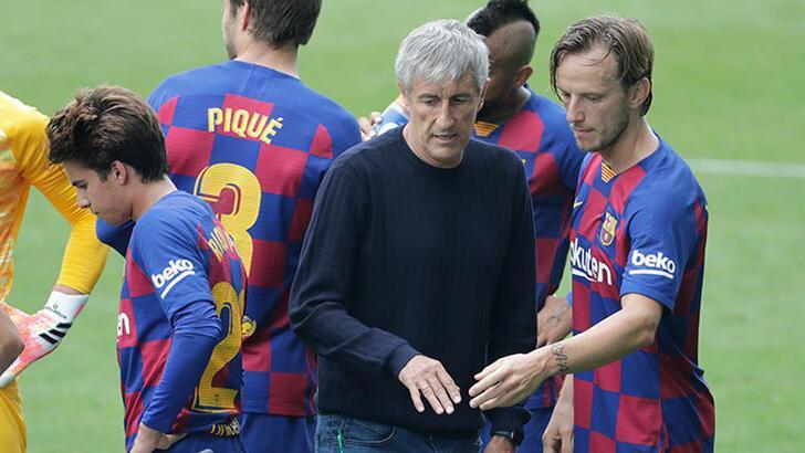 Barcelona'da Setien ile futbolcular arasında kriz!
