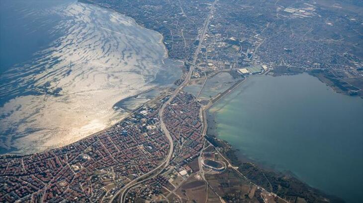 Kanal İstanbul'un çevre düzeni plan değişikliği ile imar planlarının 3 etabı onaylandı