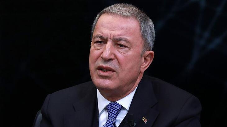 Milli Savunma Bakanı Akar'dan Bakan Albayrak'a yönelik hakaret içerikli yorumlara tepki