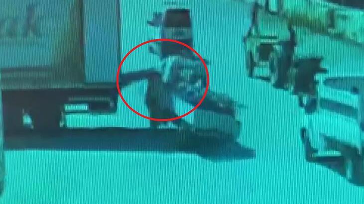 Bursa'da kamyonetiyle park halindeki kamyonetin yük indirme liftine çarptı
