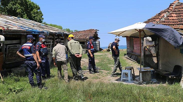 Longoz Ormanları'ndaki kaçak yapılar yıkıldı