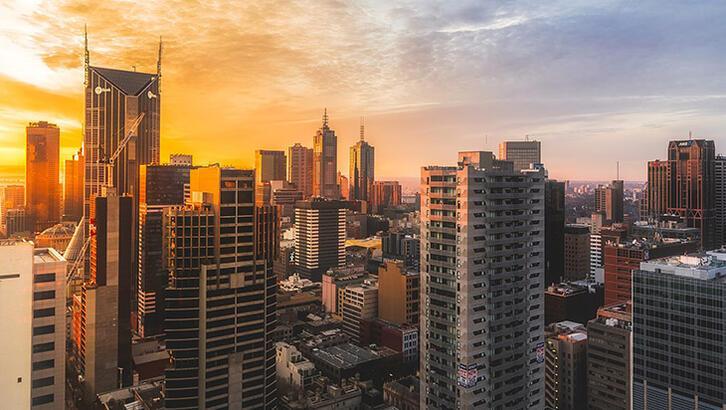 Avustralya'da salgına karşı yeniden karantina