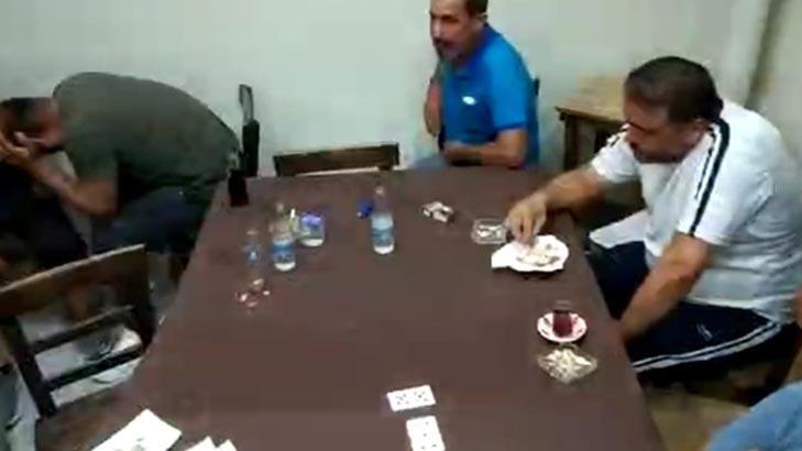 Hatay'da iş yerine baskın! Kumar oynayan 32 kişi yakalandı
