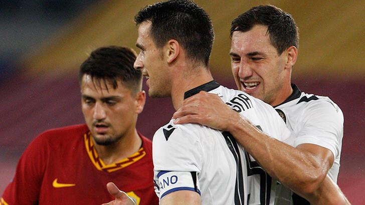 Cengiz Ünderli Roma, Udinese'ye yıkıldı!