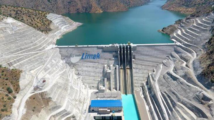 Avrupa'nın en büyük RCC barajı Çetin HESaçılıyor