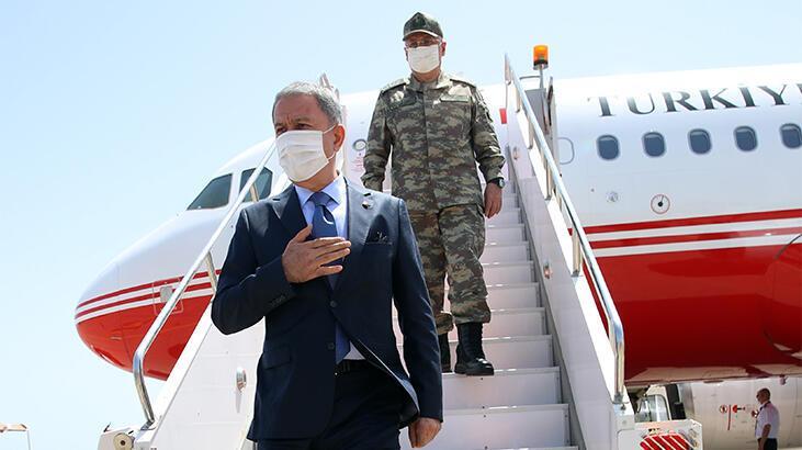 Son dakika... Milli Savunma Bakanı Akar Libya'da!