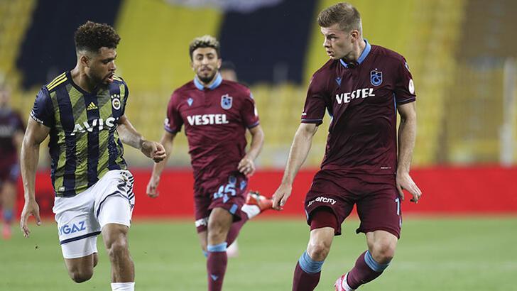 Fenerbahçe'de Falette geri dönüyor