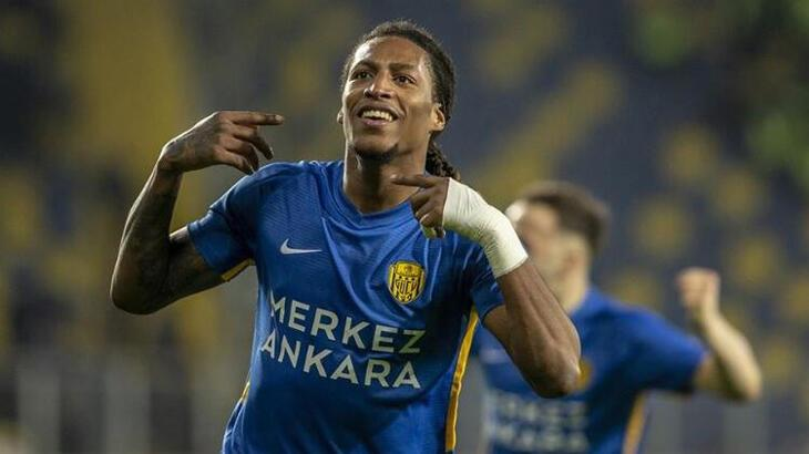 Fenerbahçe transfer haberleri   Fenerbahçe'den forvete Rodrigues atağı