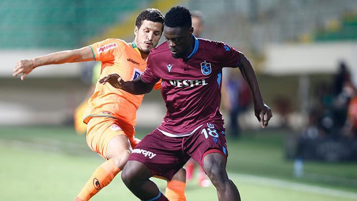 Trabzonspor'un kamp kadrosu açıklandı! Ekuban, Abdulkadir Parmak, Nwakaeme...