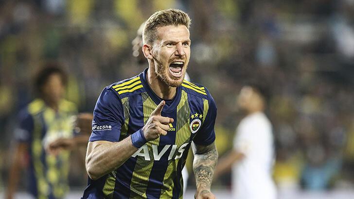Son dakika   Fenerbahçe'de Serdar Aziz kırmızı kart gördü!